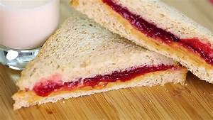 How to Make a Peanut Butter and Jelly Sandwich: 11 Steps