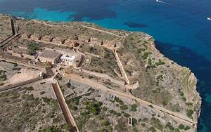 Cap Rocat Mallorca : cap rocat mallorca spain a former military luxury accommodations ~ Eleganceandgraceweddings.com Haus und Dekorationen