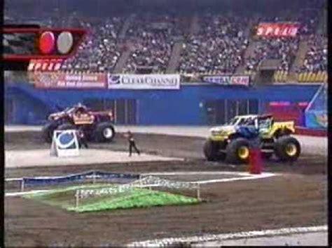 youtube monster trucks racing 2003 ushra monster trucks montreal qc racing