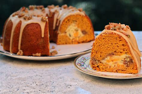 pumpkin streusel spice cake  cheesecake tunnel recipe