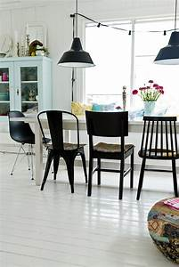 5 idees pour vous convaincre de depareiller vos chaises for Chaises salle manger capitonnées pour petite cuisine Équipée