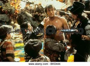 HOOK (1991) THE LOST BOYS (CHARACTERS) HOK 089 Stock Photo ...
