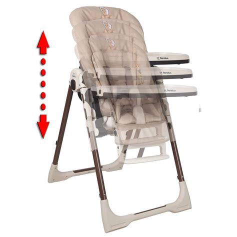 reducteur de chaise haute chaise haute bébé vision avec réducteur la girafe