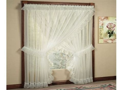 25+ Best Ideas About Priscilla Curtains On Pinterest French Door Curtains Bed Bath Beyond 3m Adhesive Curtain Rods Water Fountain Nozzle Pelmets Diy Roller Blind India Blackout White Grommet Theater Room Glue