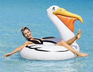 The Best Jumbo And Giant Pool Floats Of Summer 2017