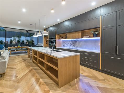 Kitchen Bench Tops Qld by Kitchen Designs Brisbane Southside Gold Coast Kitchen