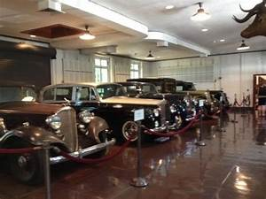 Garage Nemours : historical cars in garage picture of nemours mansion gardens wilmington tripadvisor ~ Gottalentnigeria.com Avis de Voitures