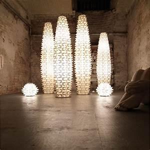 Lampe Design Sur Pied : lampadaire de salon sur pied digpres ~ Teatrodelosmanantiales.com Idées de Décoration