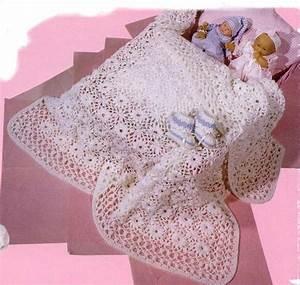 pin napperon fleur blanc et rouge au crochet textiles With tapis chambre bébé avec bouquet de fleurs rouge et blanc