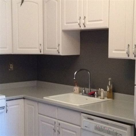 Rust Oleum Countertop Paint $20 to cover up outdated