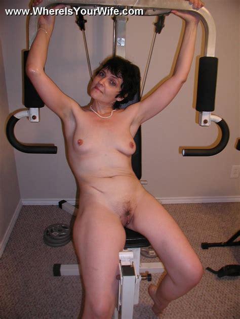 Mature Nude Russian Mom Exposing Her Body A Xxx Dessert