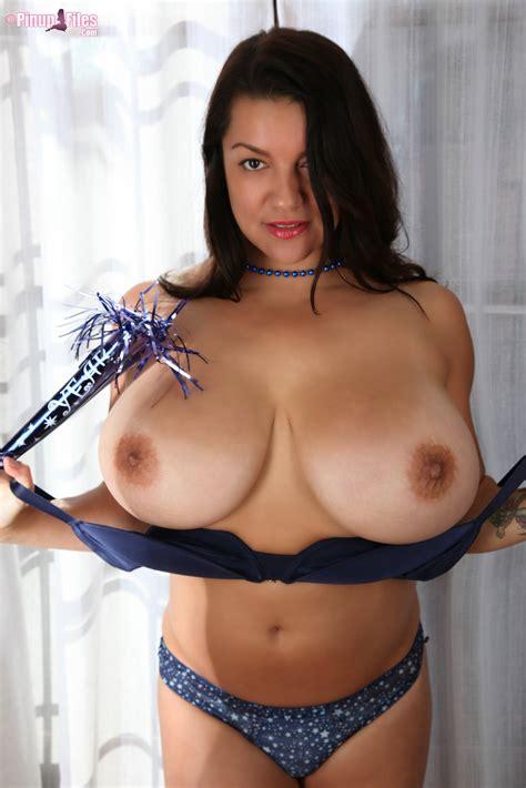 Monica Mendez Latina Fiesta Sexyazannie