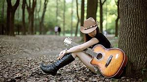 Sad girl with guitar lonely in jungle | HD Wallpapers Rocks