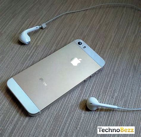 iphone thinks headphones are in how to fix iphone stuck in the headphones mode technobezz iphon