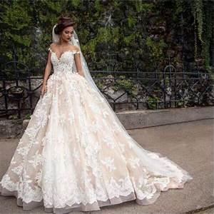 7 very pretty wedding dresses weddingwidecom With pretty wedding dresses