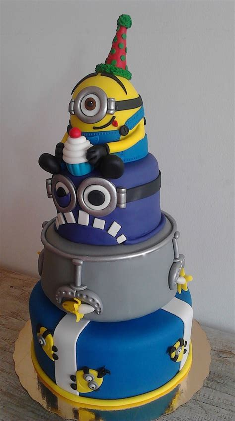 By pirikos this is a very special cake made for our son's third. 10 Amazing Minion Birthday Cakes - Pretty My Party - Party Ideas