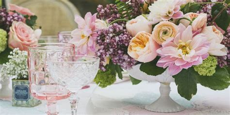 40+ Spring Centerpieces And Table Decorations