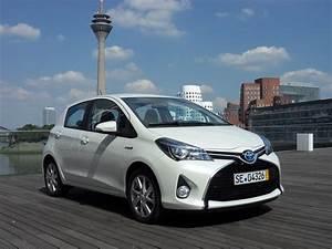 Toyota Yaris Hybride Chic : essai toyota yaris restyl e 2017 1 5 vvt i 110 ch heureusement sobre ~ Gottalentnigeria.com Avis de Voitures