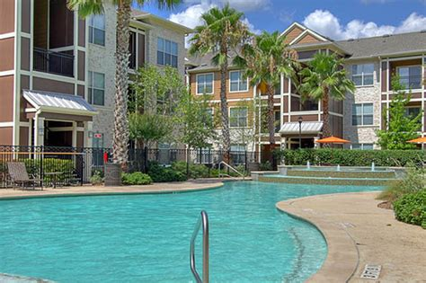 Woodlands Appartments by Marquis At The Woodlands Luxury Corporate Furnished