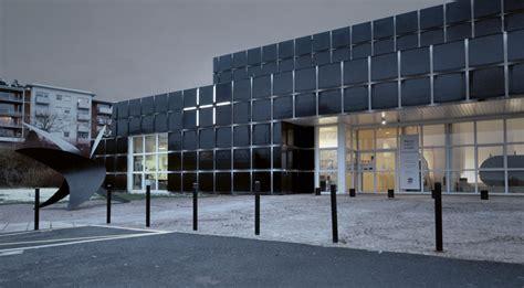 etienne musee moderne pleins phares design et espace 224 201 tienne