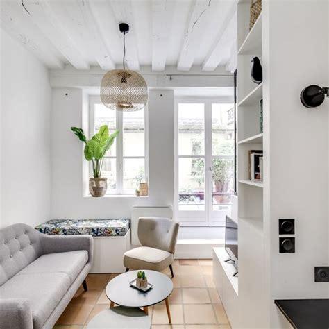 deco salon gris  blanc canape gris dans salon blanc