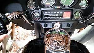 2004 Electra Glide Automatic Volume Control Radio
