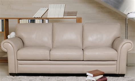 canapé style anglais en tissu quel canapé avec un fauteuil chesterfield canapé