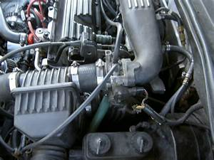 Mopar Valve Cover With Two Ports  Says Will Stop Oil In