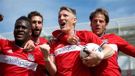 Bastian Schweinsteiger bei Chicago Fire: Fußballgott im ...