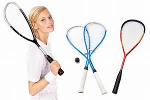 How to Correctly Grip a Squash Racquet to Get Power and ...