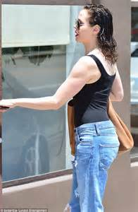 Rose McGowan, 40, leaves hair salon with new trimmed locks ...