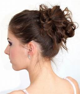 Coiffure Pour Cheveux Mi Longs : chignon sur cheveux mi long ~ Melissatoandfro.com Idées de Décoration