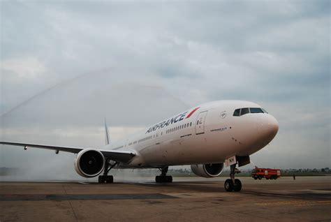 interieur boeing 777 air air premier vol du boeing 777 300er entre et ho chi minh city guide