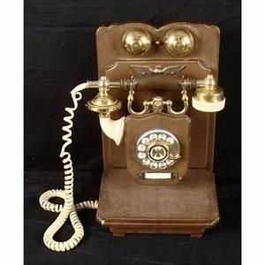 Telephone Mural Vintage : united states telephone company antique wall phone ~ Teatrodelosmanantiales.com Idées de Décoration