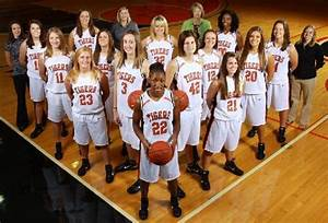 college basketball team pictures | 2010-11 Women's ...
