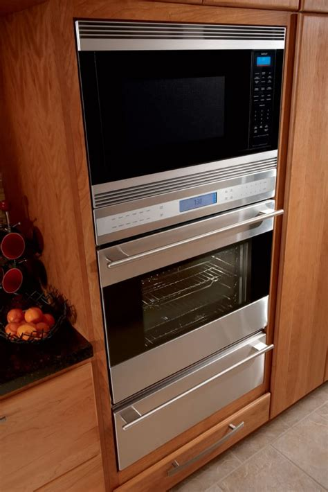wolf sousth   single electric wall oven   cu ft dual convection oven