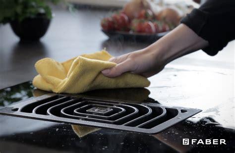 piano cottura facile da pulire come pulire il piano cottura a induzione in maniera