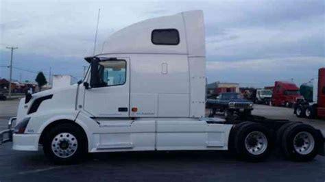commercial volvo trucks for volvo vnl 670 2007 sleeper semi trucks