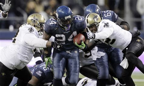 relive  marshawn lynch touchdown run  caused