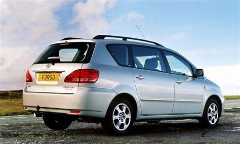 toyota avensis verso 2002 2001 2003 autoevolution specs