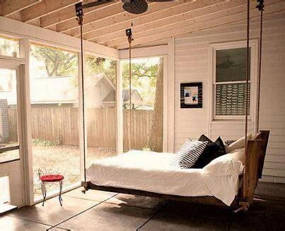 converting a sunroom into a bedroom lit suspendu