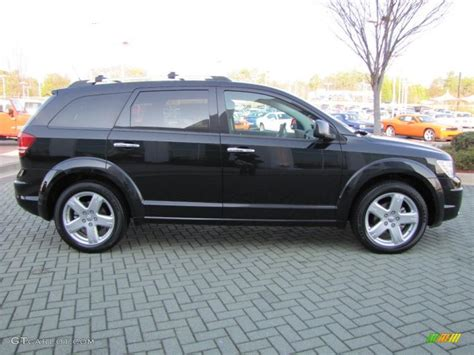 brilliant black crystal pearl  dodge journey rt