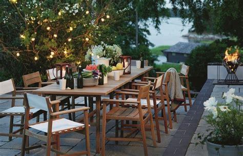 the gardenista 100 teak dining tables gardenista