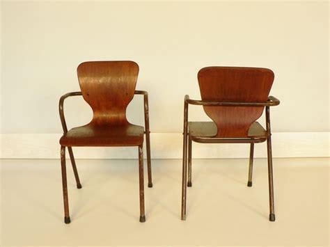 chaise jacobsen chaise enfant style jacobsen maisonsimone com