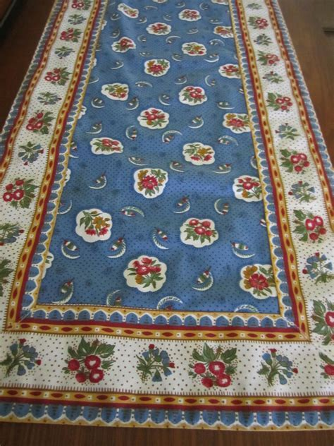 Gorgeous Table Runner Pierre Deux Blue Avignonet Bordure