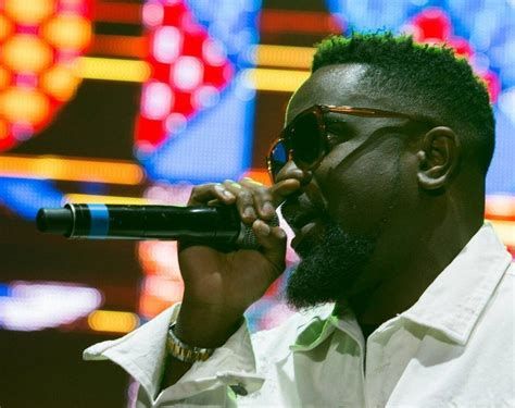 Sarkodie Wins Overall Best Video (+ Full