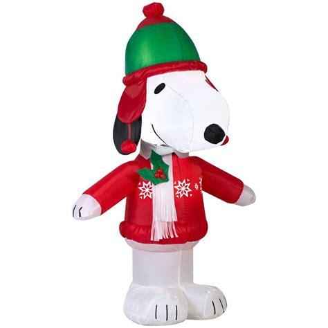 tis  season  peanuts gang snoopy dog airblown