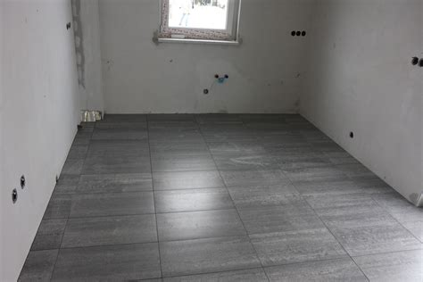 Bodenfliesen Für Küche by Der Countdown L 228 Uft Baublog Villa Lugana In Teltow