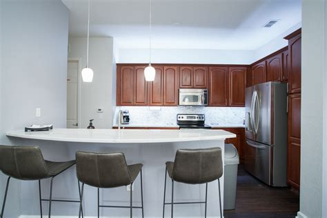 fully equipped kitchens full laundry  bed  bathrooms