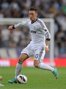 Mesut Ozil Photos Photos - Real Madrid CF v Malaga CF - Zimbio